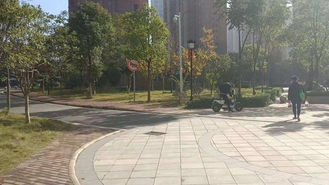 武汉保洁齐峰的商业物业保洁管理
