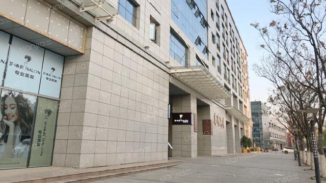 武汉凤铭广场写字楼保洁外包服务